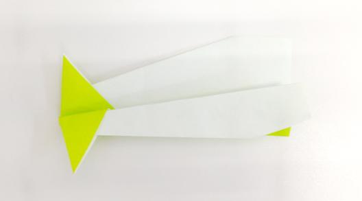 キャリバー|折り紙飛行機の折り方